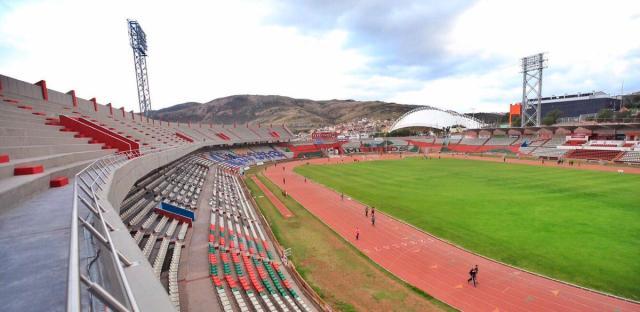 Chivas vs Pachuca en el renovado Estadio Carlos Vega Villalba de Zacatecas | Deportever