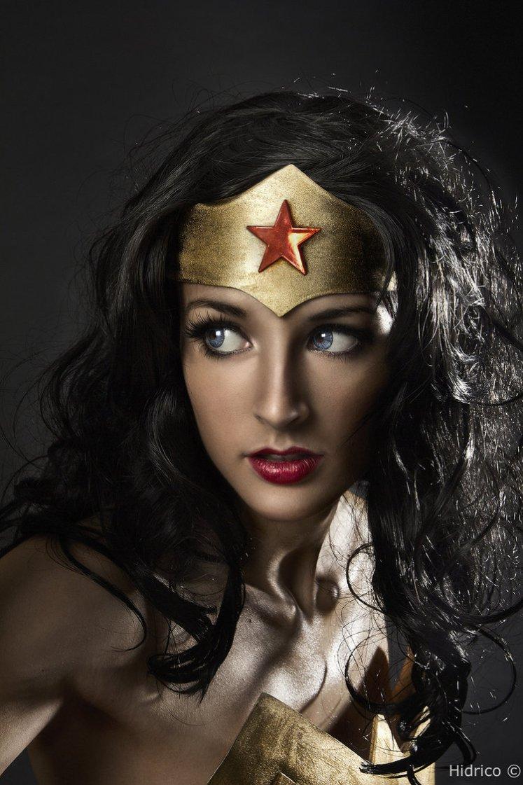 melhores-cosplays-mulher-maravilha (1)