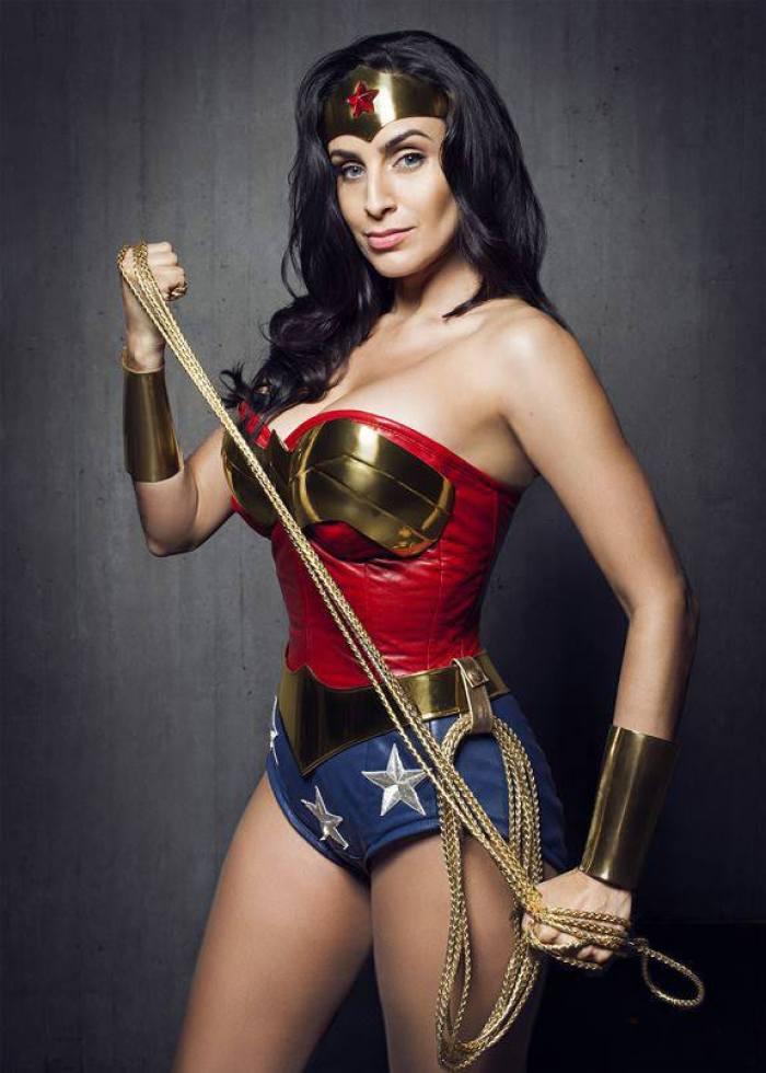melhores-cosplays-mulher-maravilha (22)