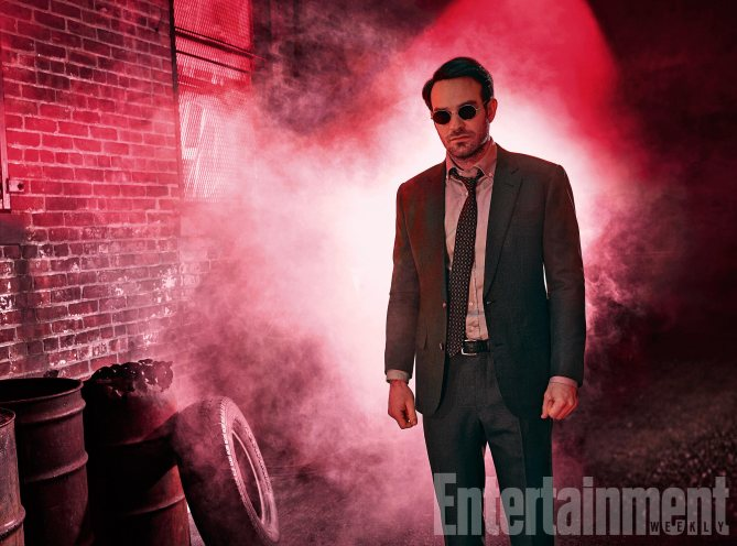 Luke Cage aparece preso em em novas imagens oficiais de Os Defensores!