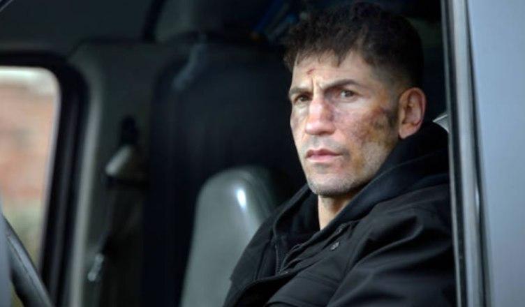Frank Castle aparece ferido em novas imagens da série do Justiceiro!