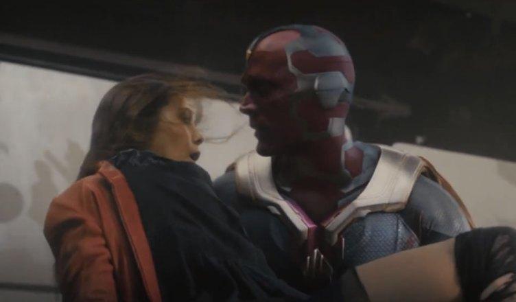 Visão aparece beijando a Feiticeira Escarlate em novas imagens de Vingadores: Guerra Infinita!