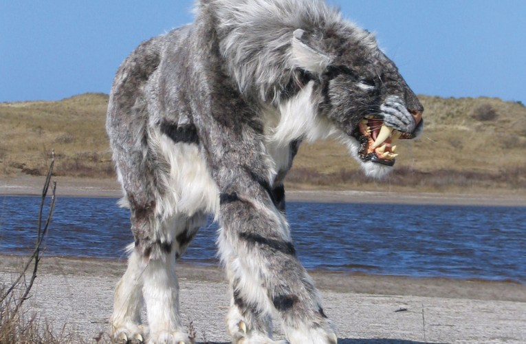 Homotherium: A saber-toothed cat of the North Sea