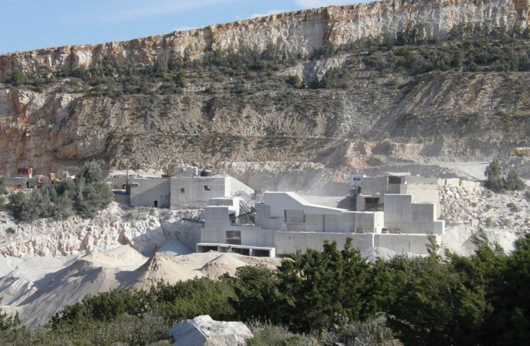 Marble from the Isle of Paros in Ancient Greece: A tour of the ancient quarries