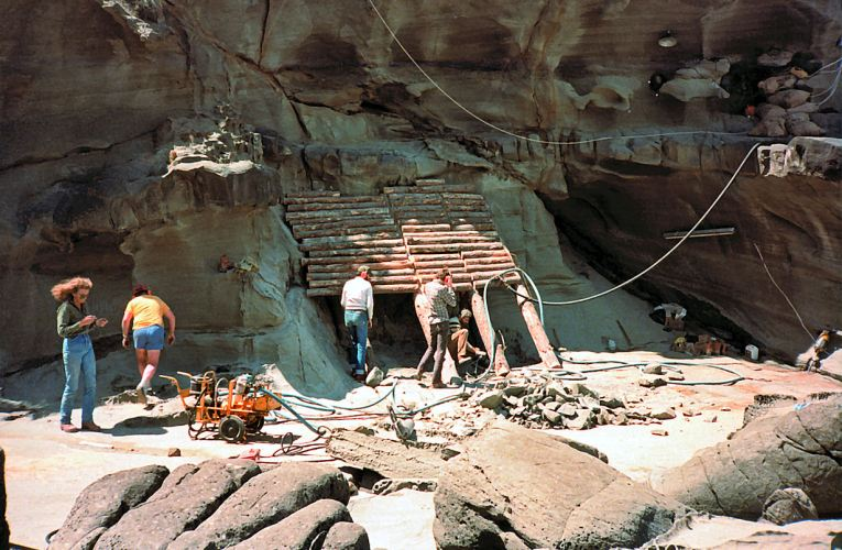 Hell and high water: The digs of Dinosaur Cove