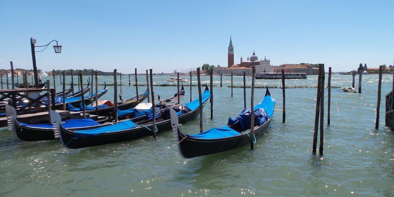 En Venecia con muletas