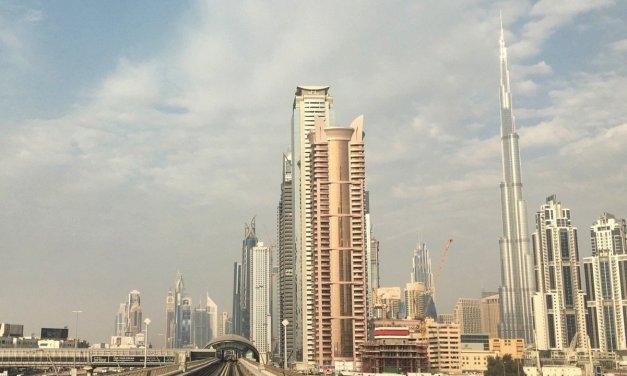 Escala (aérea) en Dubai