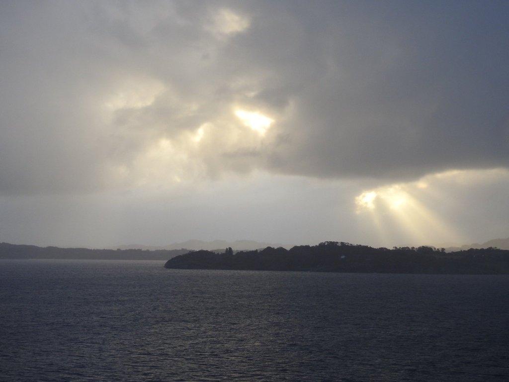 Nubes sobre la isla de Herdlo
