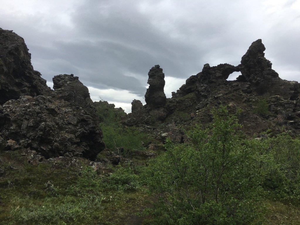 Formaciones de roca en Dimmuborgir