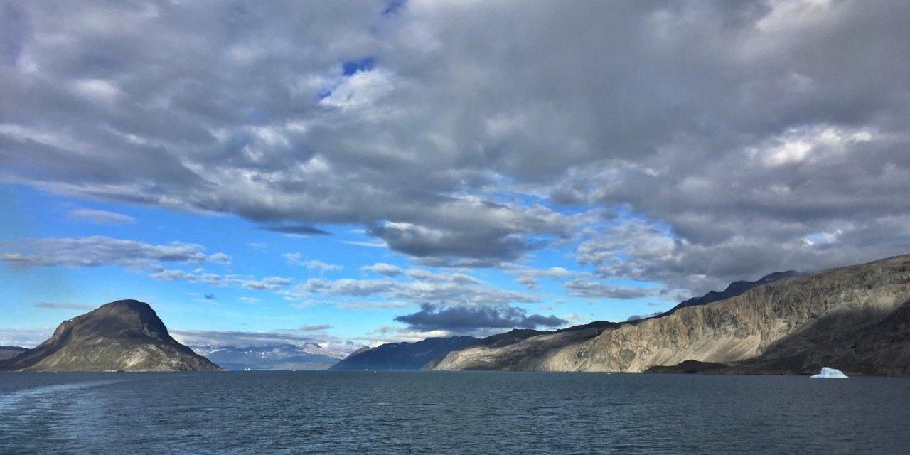 Navegando por el Tunulliarfik