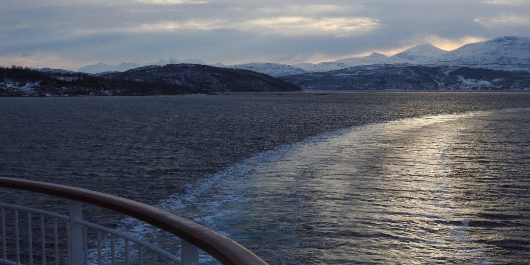 Virando frente a Nordhamnodden