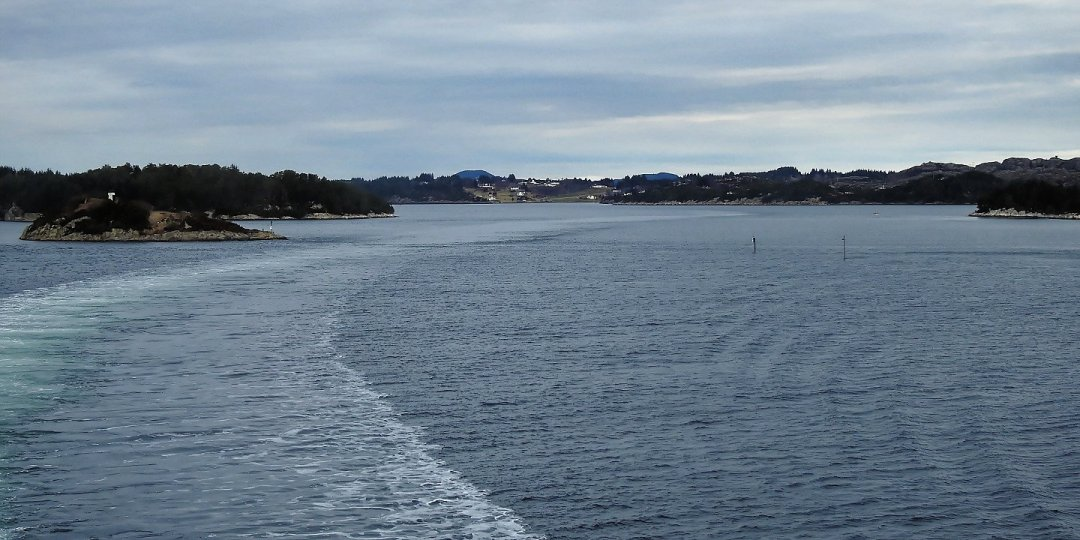 Navegando entre Ypso y Askøy