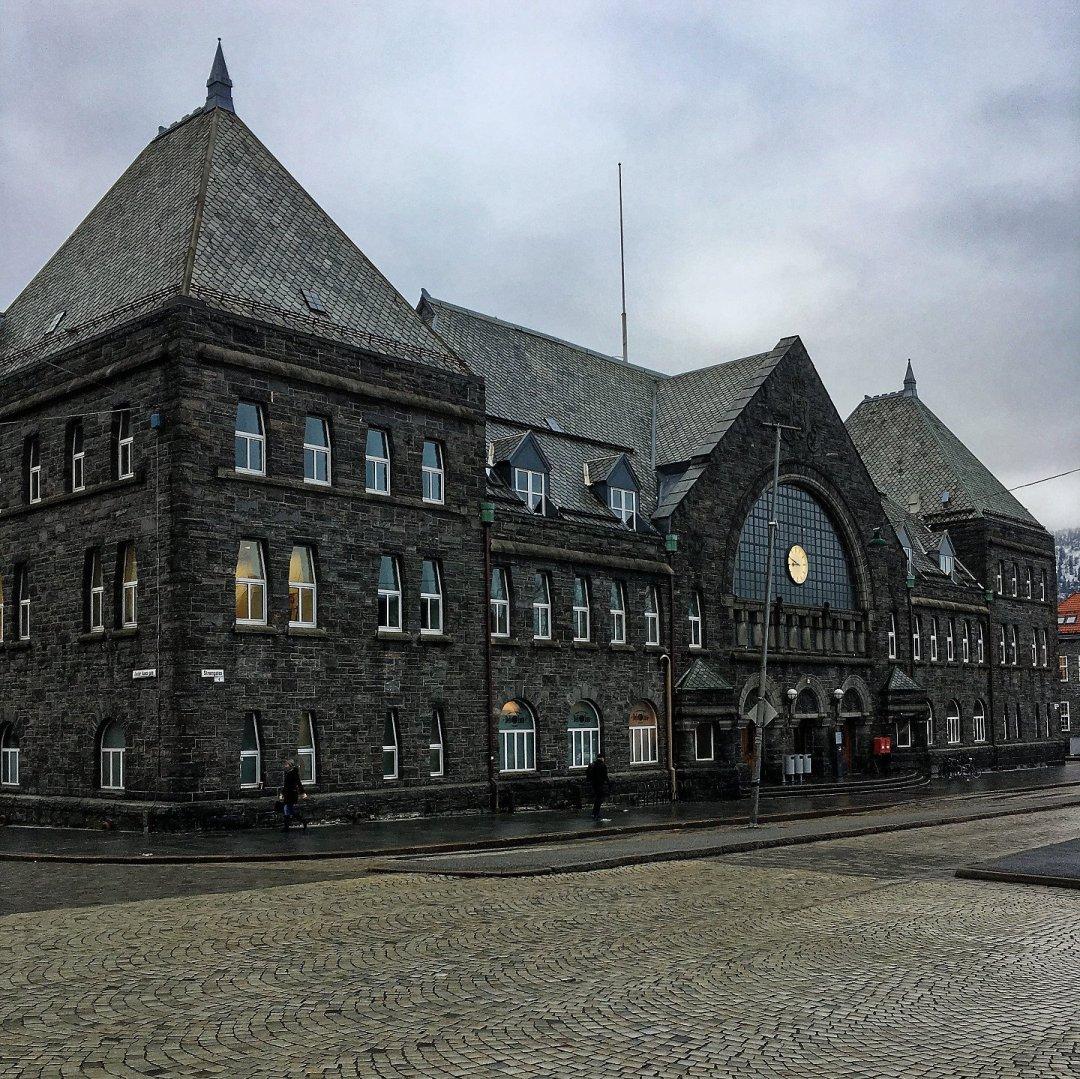 Exterior de la estación de Bergen