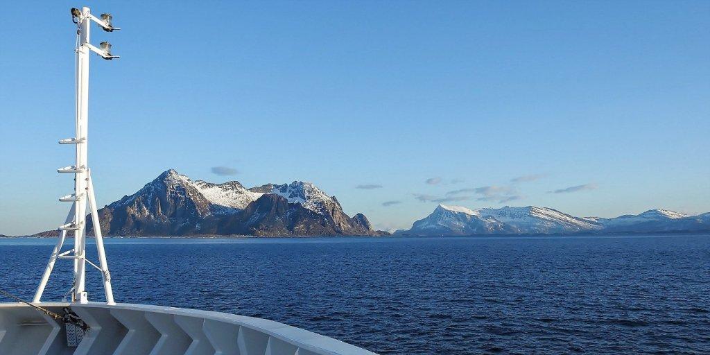 Fugløya desde el Fleinværfjorden