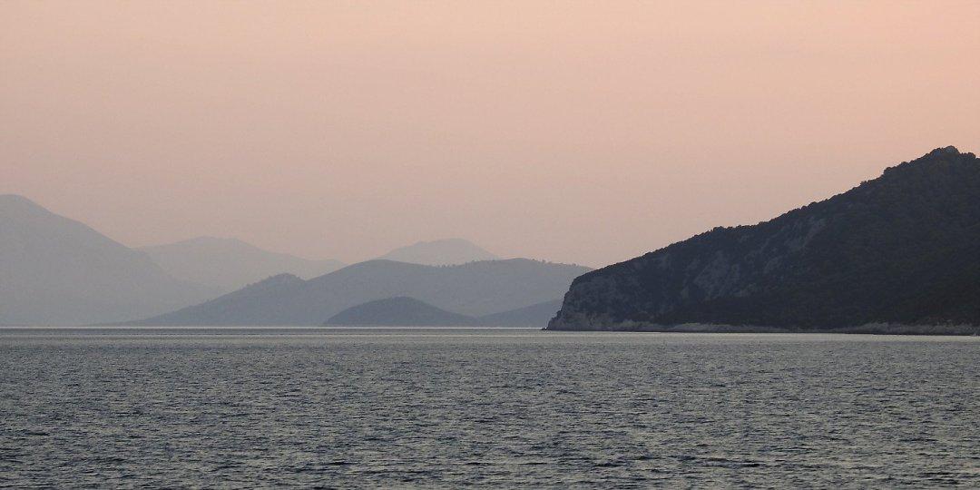 Amanecer en las islas Islas Equínadas