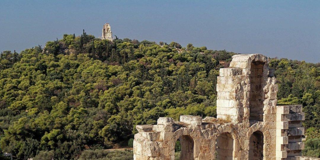 Filopapos desde el Odeón de Herodes Ático
