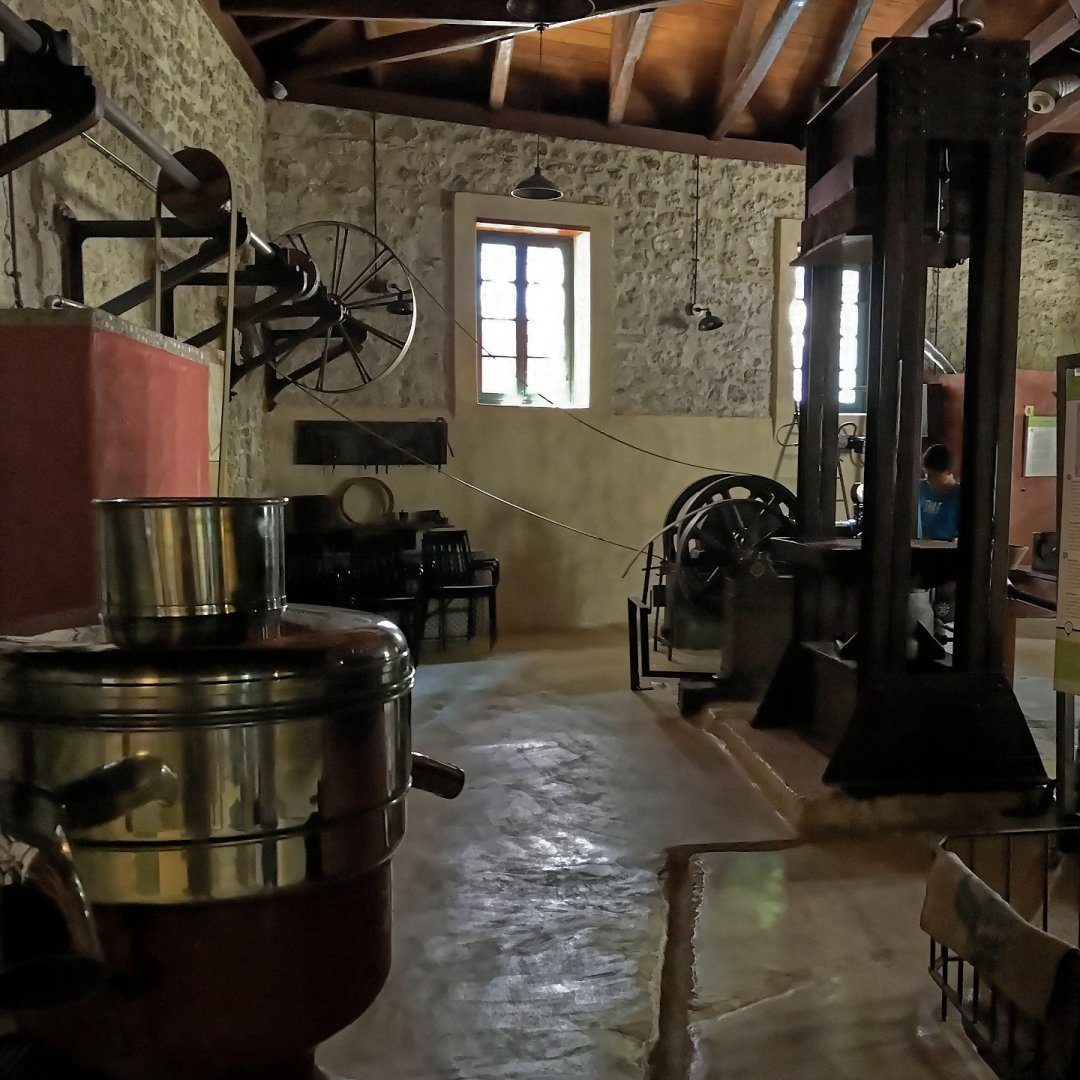 Interior de Paragaea Old Olive Oil Factory