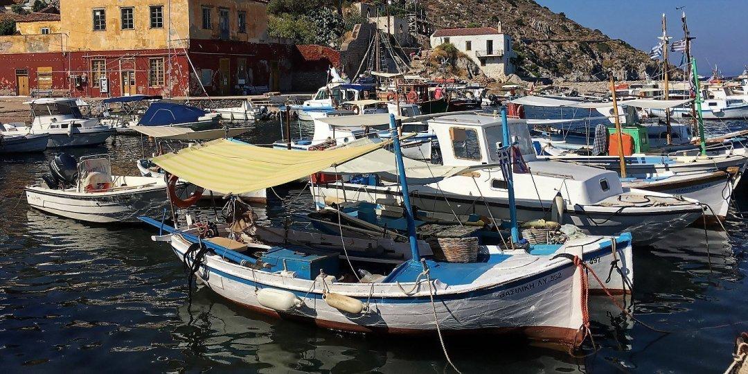 Puerto de Kamini
