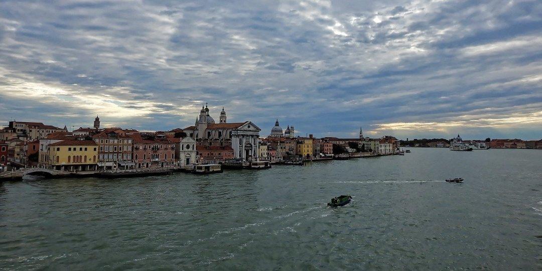 En el canal de Giudecca