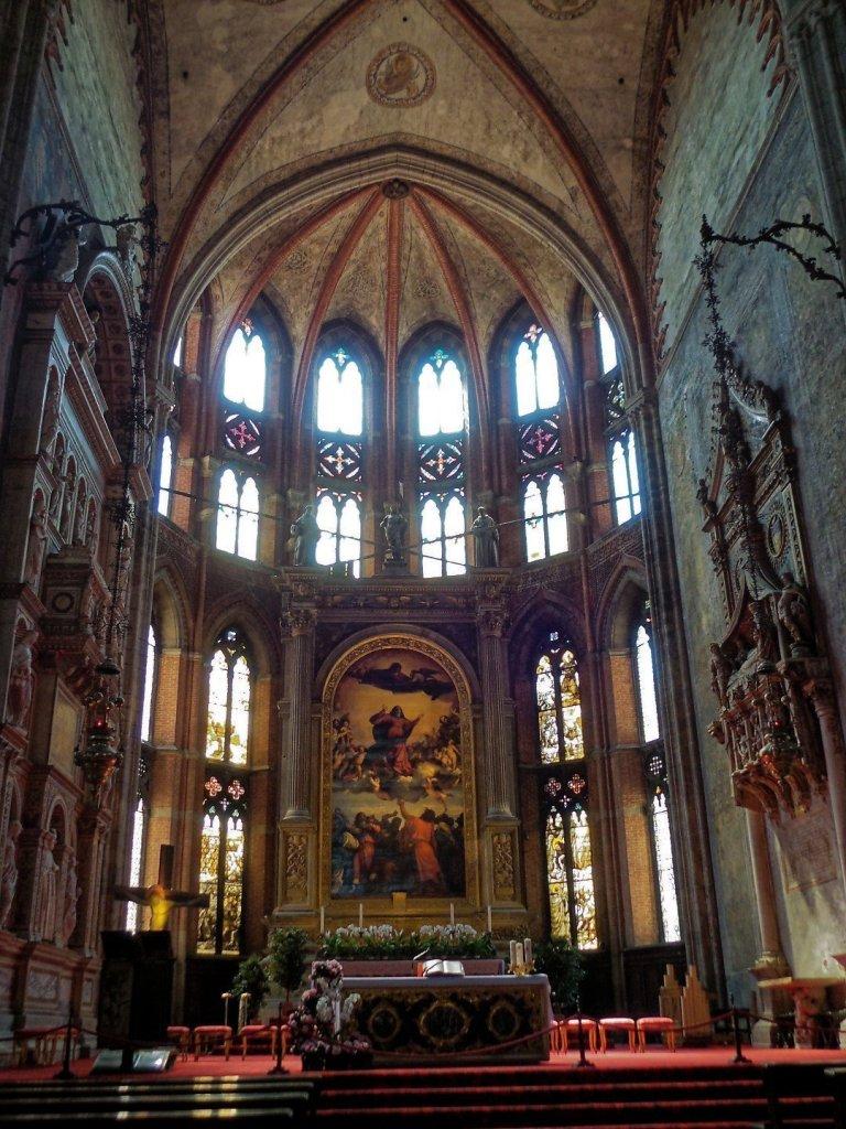 Altar Mayor, con L'Assunta, de Tiziano