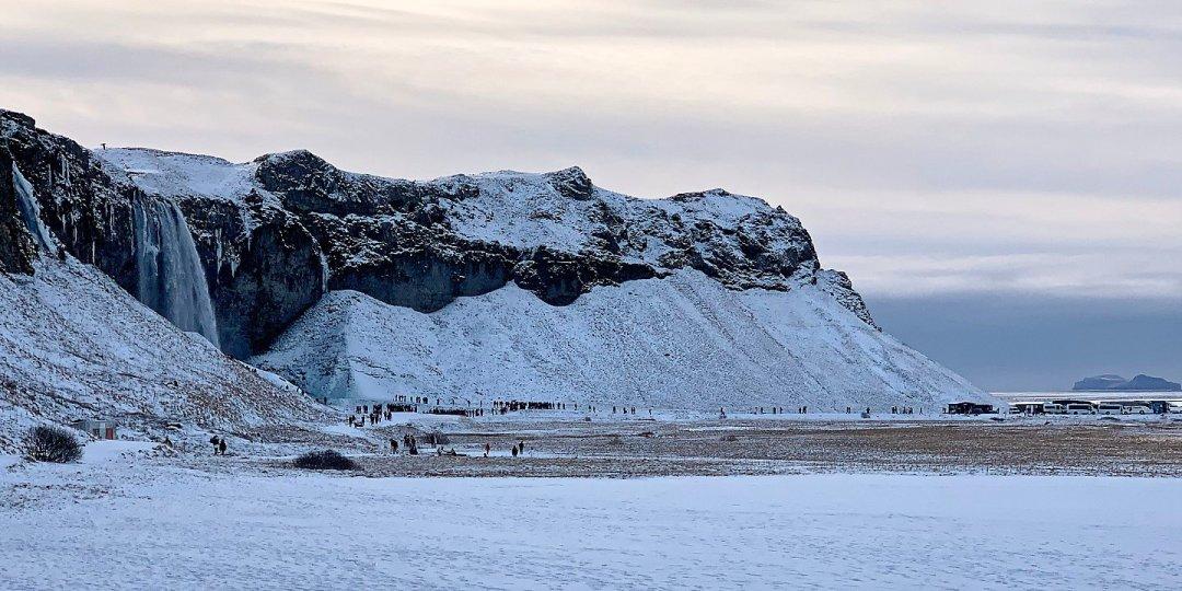 Masificación en Seljalandsfoss