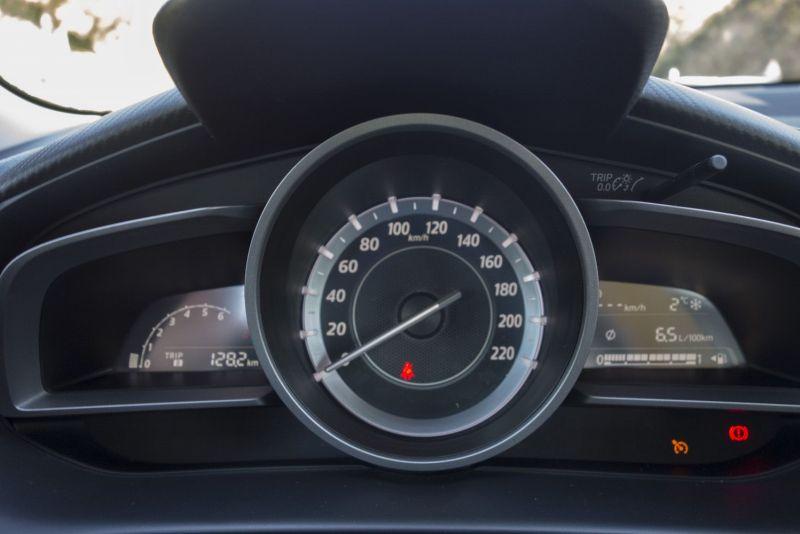 Mazda 2 2015 Cockpit