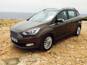 Familien werden den neuen Ford C-Max lieben