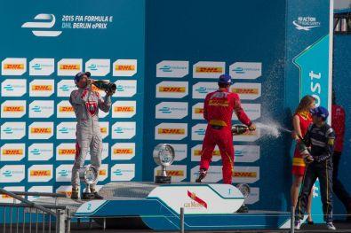 Formula E Berlin 2015 Siegerehrung Champagner