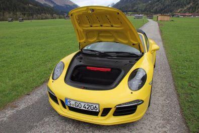 Porsche 911 GTS Kofferraum geöffnet
