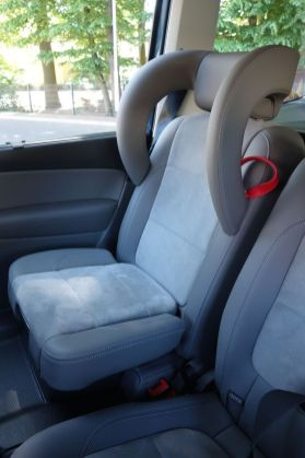 VW Sharan 2015 Integrierte Kindersitze