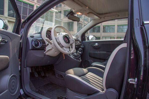 Fiat 500 2015 Innenraum Platzverhältnisse