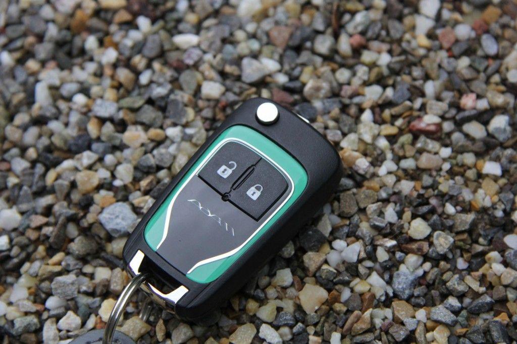 Opel Adam Open Air Schlüssel in Wagenfarbe