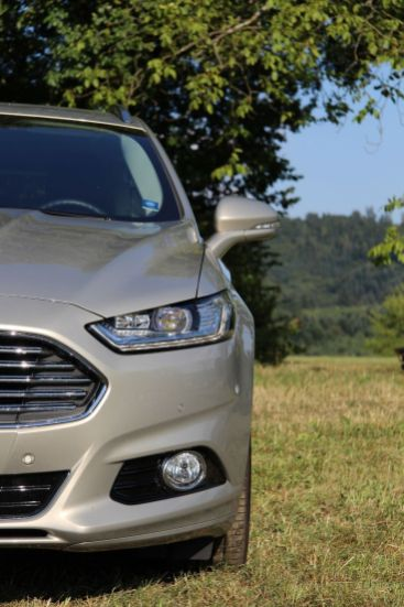 Ford Mondeo Turnier 2015 Moderne Frontansicht