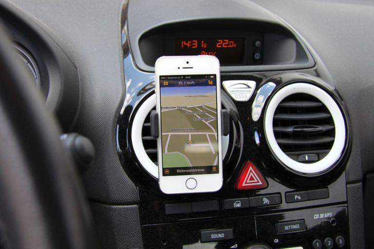 Smartphone-Halterung ohne Saugnapf - Kenu AF2 AirFrame