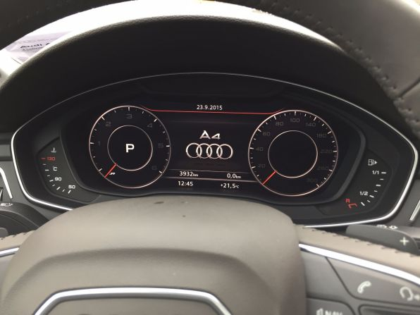 Audi A4 2015 Virtuelles Cockpit