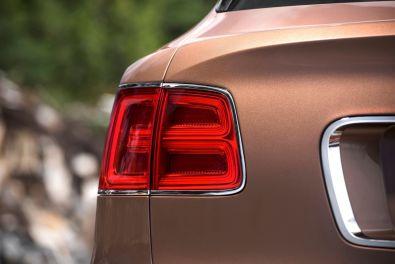 Bentley Bentayga 2015 Rückleuchte