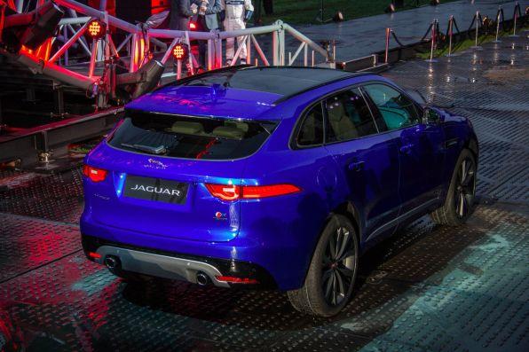 Jaguar F-Pace 2015 F-Pace Heck