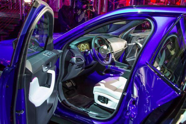 Jaguar F-Pace 2015 Interior