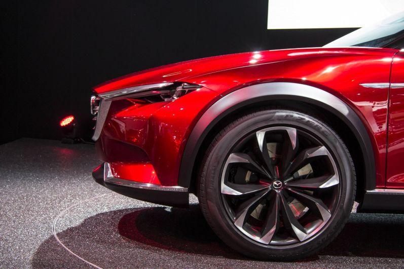 Mazda Koeru Studie 2015 Abfallender Kühlergrill
