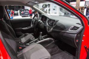 Suzuki Baleno 2015 Innenraum