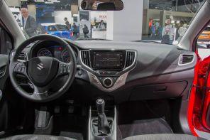 Suzuki Baleno 2015 Interieur