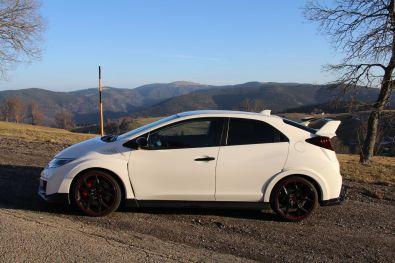 Honda Civic Type R 2015 Seite