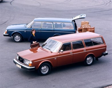 Volvo_245_1975