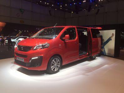 Peugeot Traveller für Familien und Business-Kunden