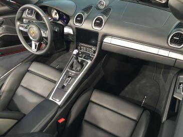 Porsche Boxster S Response Button