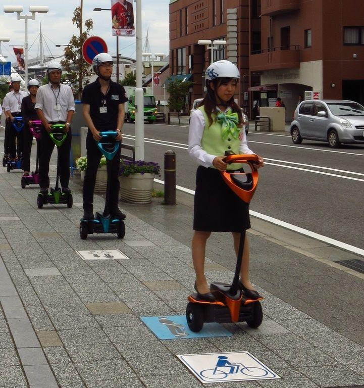 Öffentliche Tests mit dem Toyota Winglet in Tokio