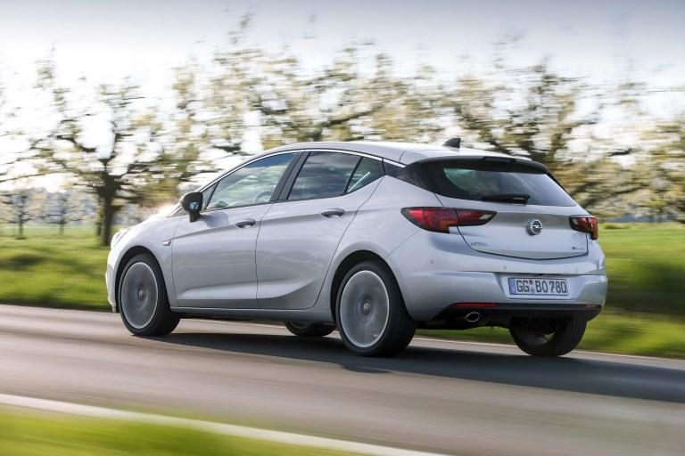 Neuer BiTurbo-Diesel macht den Opel Astra extrascharf