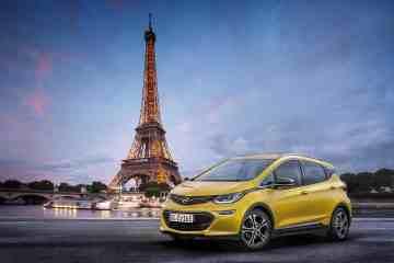 Der Opel Ampera-e feiert Weltpremiere in Paris