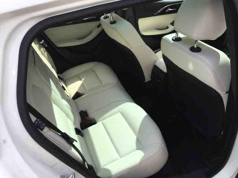 Infiniti Q30 Rücksitze