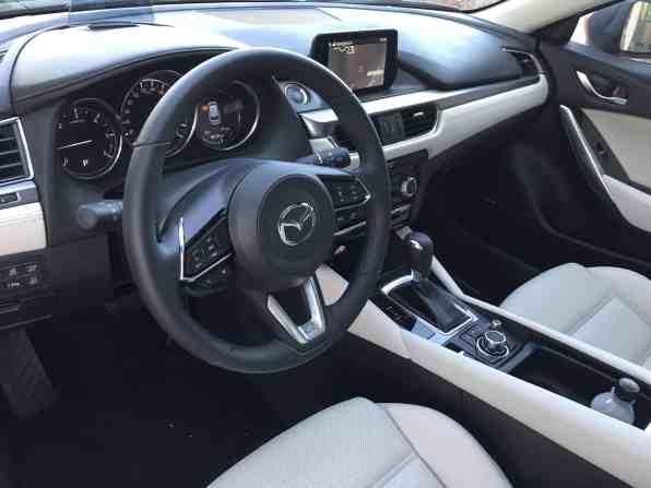 Mazda6 Cockpit